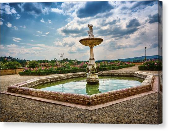 The Monkeys Fountain At The Gardens Of The Knight In Florence, Italy Canvas Print