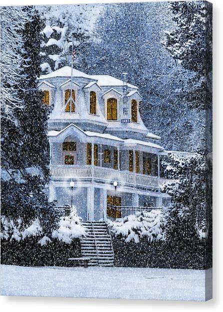 Susanville Elks Lodge At Christmas Canvas Print