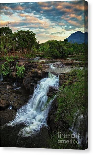 Tad Lo Waterfall, Bolaven Plateau, Champasak Province, Laos Canvas Print