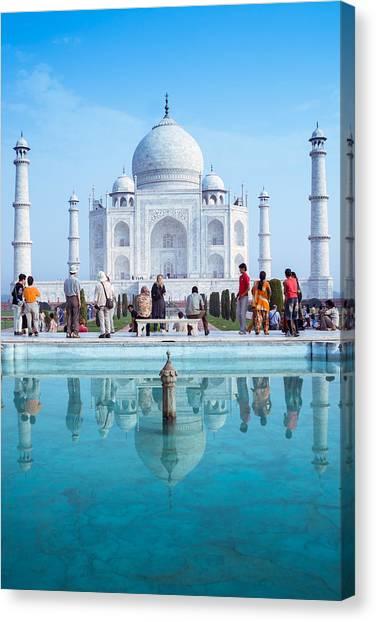 Taj Mahal  Canvas Print by Nila Newsom