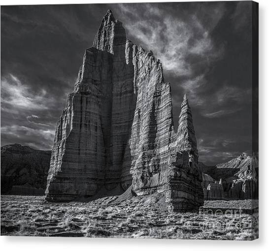 Temple Of The Moon I/r View Canvas Print