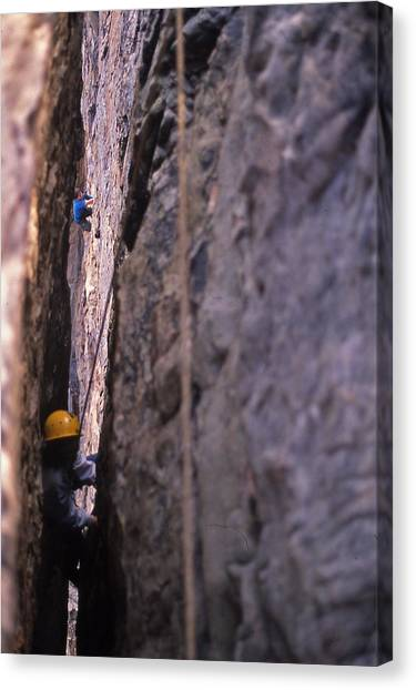 Tennessee Rappelling - 1 Canvas Print by Randy Muir
