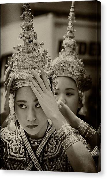 Thai Dancers Preparing Canvas Print