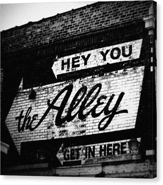 The Alley Chicago Canvas Print