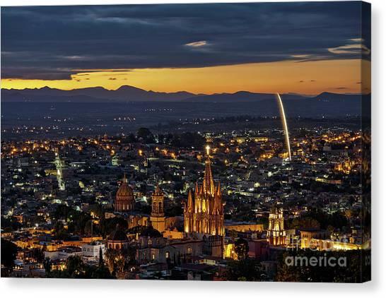 The Beautiful Spanish Colonial City Of San Miguel De Allende, Mexico Canvas Print