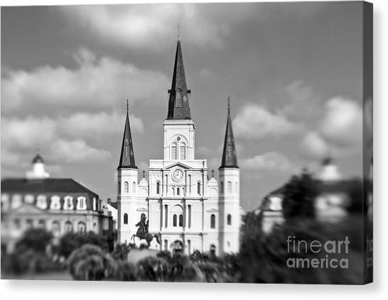 St Canvas Print - The Cathedral - Bw by Scott Pellegrin
