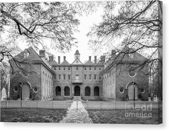 Wrens Canvas Print - William And Mary Wren Building Courtyard by University Icons
