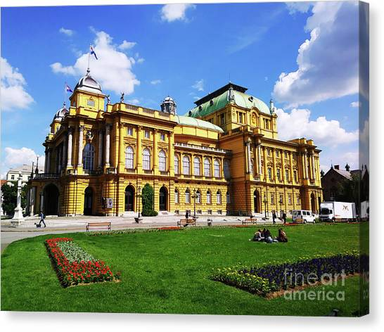 The Croatian National Theater In Zagreb, Croatia Canvas Print