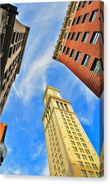 The Custom House Canvas Print by Andrew Dinh