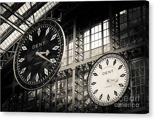The Dent Clock And Replica At St Pancras Railway Station Canvas Print
