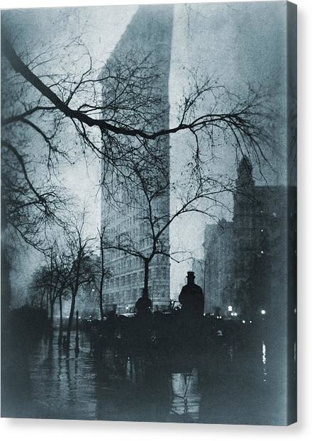 Carriage Canvas Print - The Flatiron Building, New York City by Everett