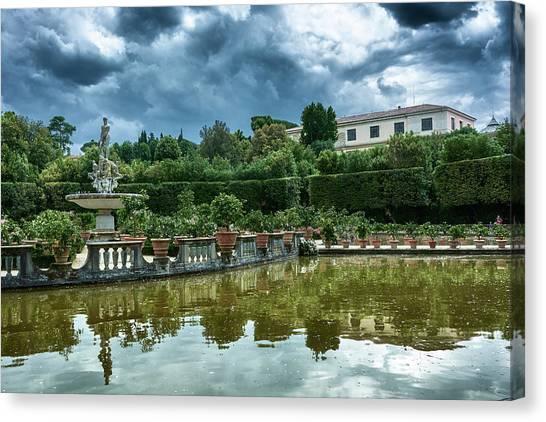 The Fountain Of The Ocean At The Boboli Gardens Canvas Print