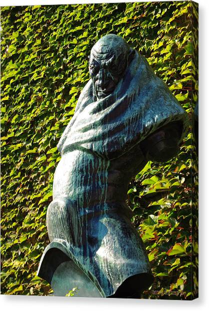 The Guardian Of The Garden Canvas Print by Garth Glazier
