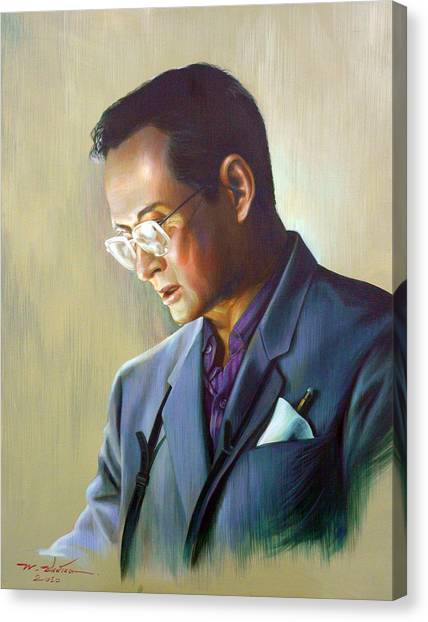 The King Of Thailand Canvas Print by Chonkhet Phanwichien