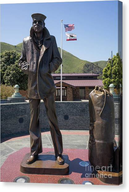 The Lone Sailor Memorial At The San Francisco Golden Gate Bridge Dsc6152 Canvas Print