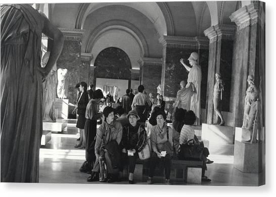 The Louvre Canvas Print by Andrea Simon
