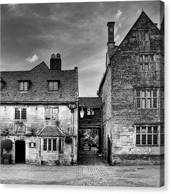 Hotels Canvas Print - The Lygon Arms, Broadway by John Edwards