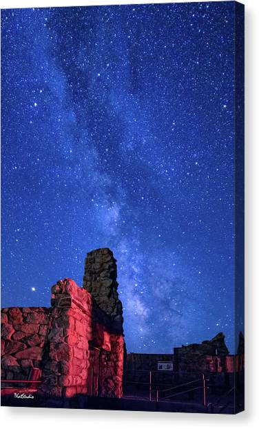 The Milky Way Over The Crest House Canvas Print