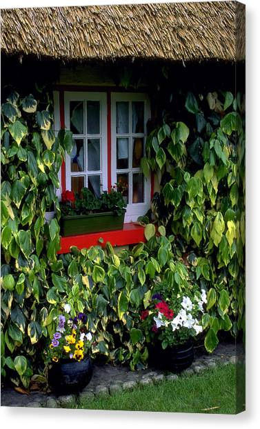 The Perfect Cottage Canvas Print