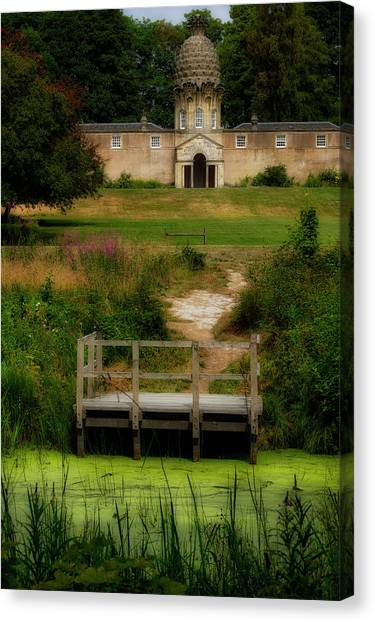 Canvas Print featuring the photograph The Pineapple House by Jeremy Lavender Photography