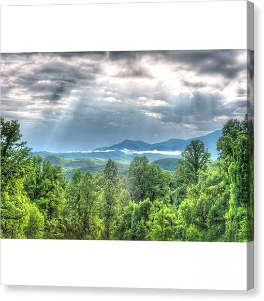 Tennessee Canvas Print - The Sky Is The Limit Maloney by Larry Braun
