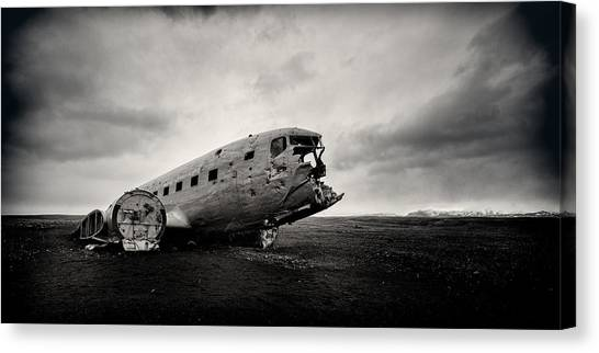 Airplane Canvas Print - The Solheimsandur Plane Wreck by Tor-Ivar Naess