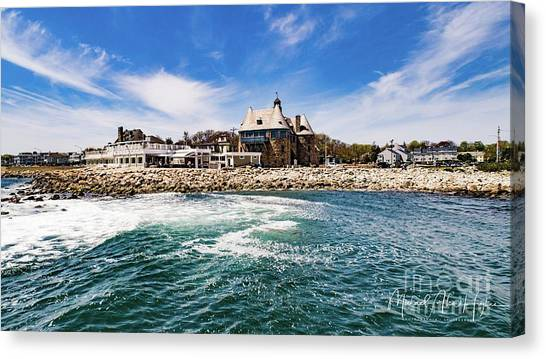The Towers Of Narragansett  Canvas Print