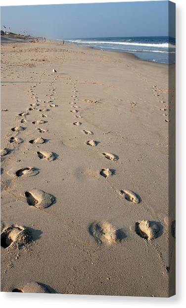 The Trails Of Footprints - Jersey Shore Canvas Print