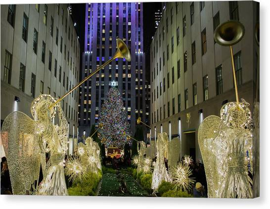The Tree At Rockefeller Plaza Canvas Print