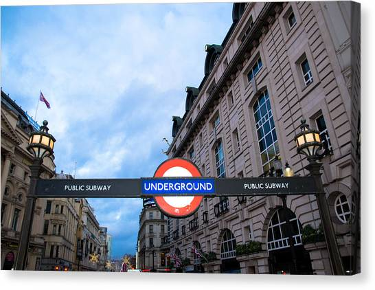 United Kingdom Canvas Print - The Underground by Patrick Leeflang