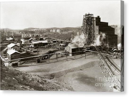 The Wanamie Colliery Lehigh And Wilkes Barre Coal Co Wanamie Pa Early 1900s Canvas Print