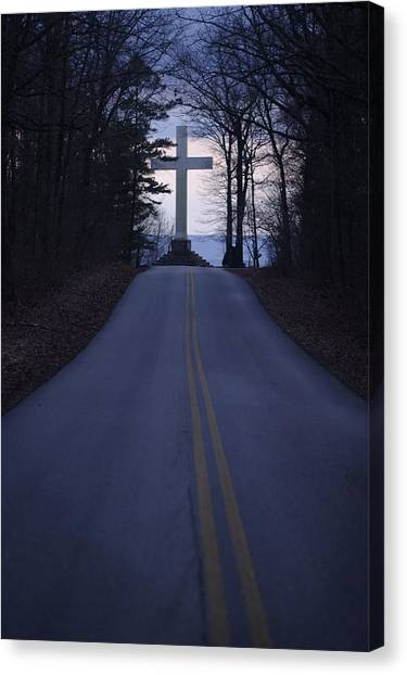 The University Of Tennessee Canvas Print - The War Memorial Cross by Stephen Alvarez