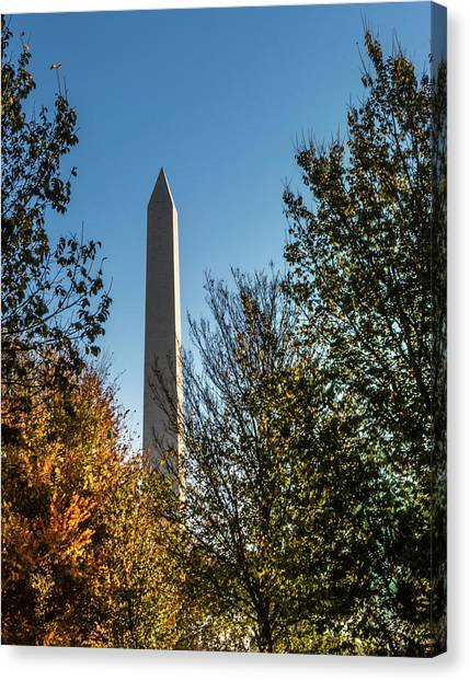 The Washington Monument In Fall Canvas Print