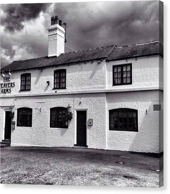 Canvas Print - The Weavers Arms, Fillongley by John Edwards