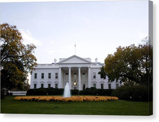 D.c. United Canvas Print - The White House In Washington, D.c by Joel Sartore