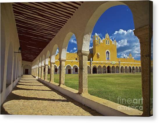 The Yellow City Of Izamal, Mexico Canvas Print