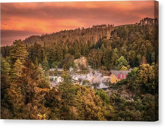 Thermal Village Rotorua Canvas Print
