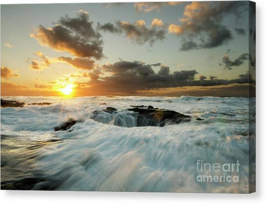 Wells Beach Canvas Print - Thors Well Cape Perpetua 1 by Bob Christopher