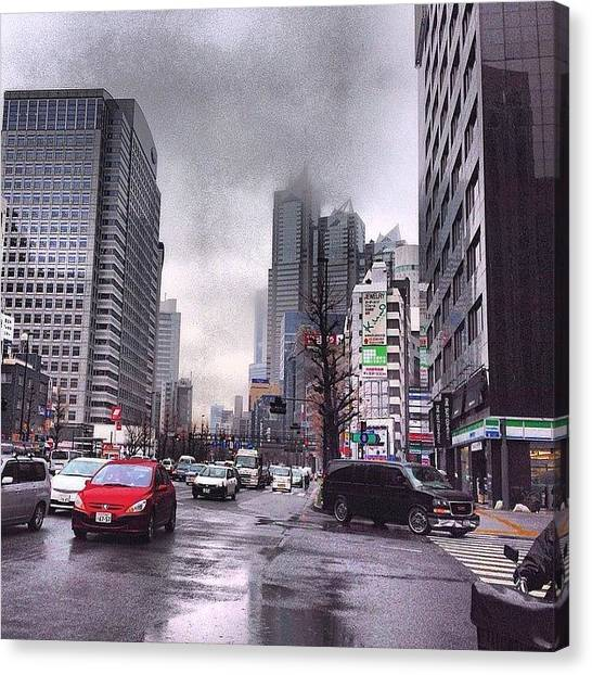 Canvas Print - Tokyo Cloudy by Moto Moto