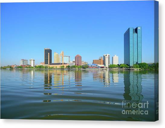 D12u-673 Toledo Ohio Skyline Photo Canvas Print