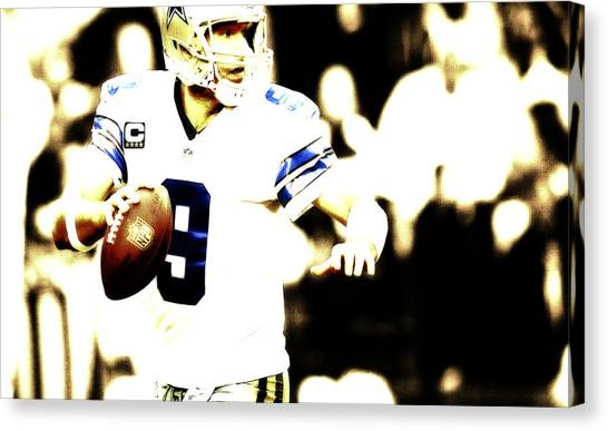 John Elway Canvas Print - Tony Romo In The Pocket by Brian Reaves