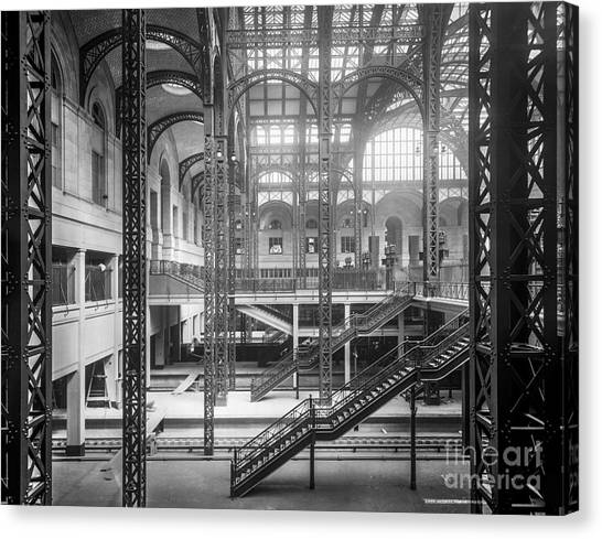 Track Level And Concourses Pennsylvania Station New York Canvas Print