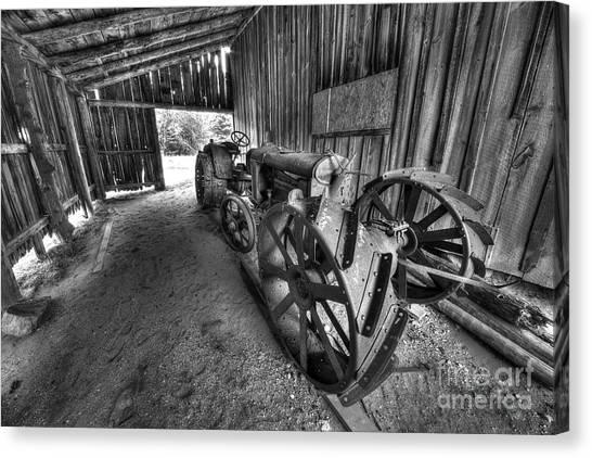 Oneida Canvas Print - Tractor In Port Oneida by Twenty Two North Photography