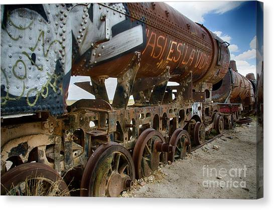 Train Graveyard Uyuni Bolivia 14 Canvas Print