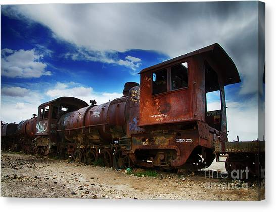 Train Graveyard Uyuni Bolivia 15 Canvas Print