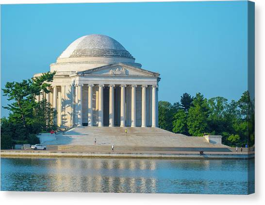 Tranquility At The Jefferson Memorial Canvas Print
