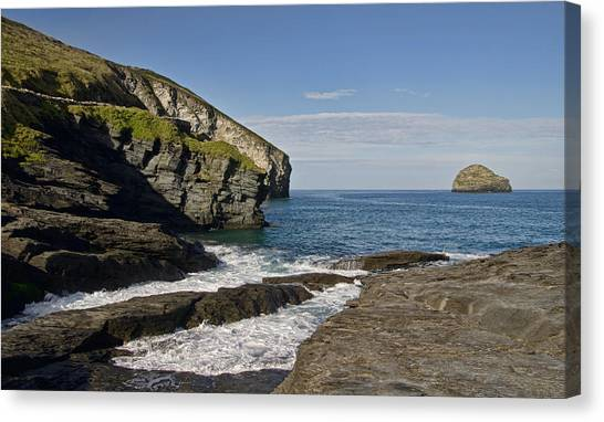 Trebarwith Strand In North East Cornwall Canvas Print