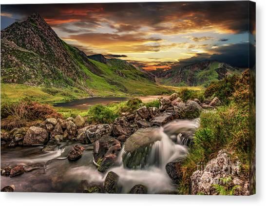 Tryfan Mountain Canvas Print - Tryfan And Llyn Ogwen Snowdonia  by Adrian Evans