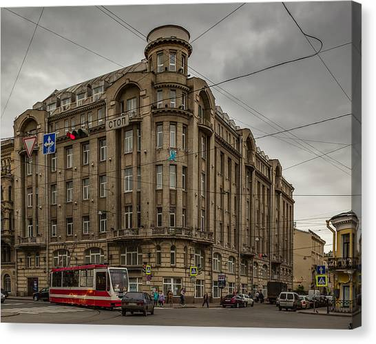 Sightseeing Canvas Print - Tsentralny District, Saint Petersburg by Capt Gerry Hare