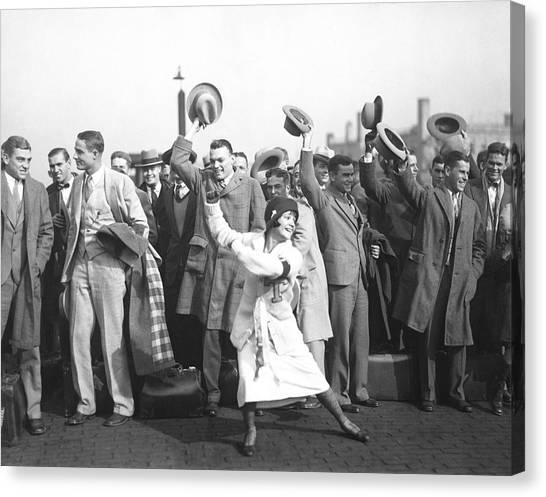Northwestern University Canvas Print - Tulane Green Wave Football by Underwood Archives